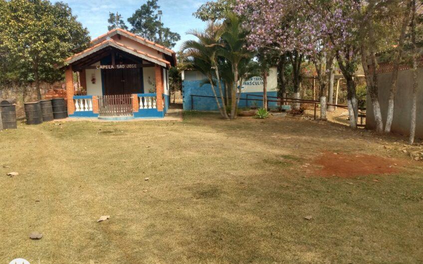 Pesqueiro e pousada com 15 mil m², area construida de 1.000 m²